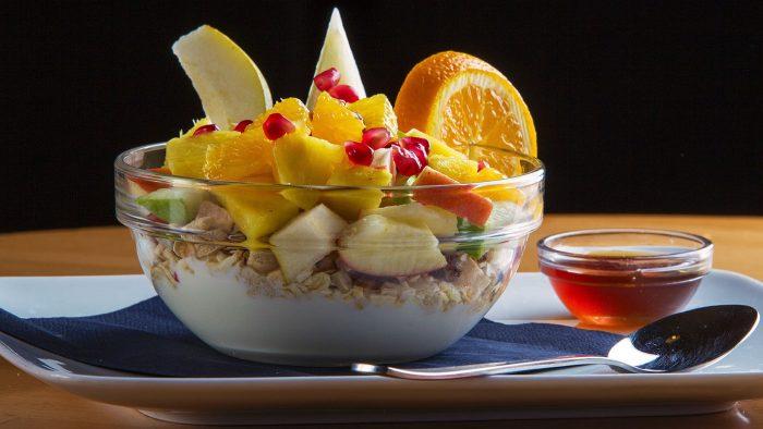 Filos Restaurant Köln - Müsli mit Obst